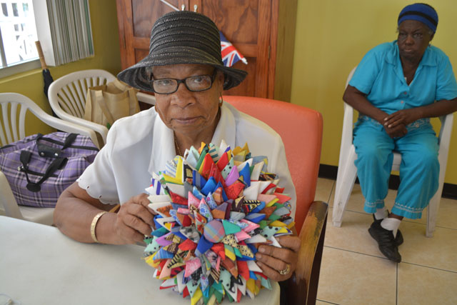 Craft activity ideas for seniors the elderly autos post for Craft ideas for senior citizens
